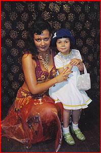 Надия с дочкой Софочкой