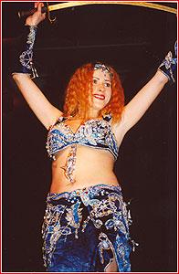 """Мариам. Студия восточного танца """"Джунейна"""". Концерт, ноябрь 2003"""