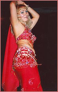 """Яна. Студия восточного танца """"Джунейна"""". Концерт, ноябрь 2003"""