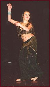 """Евгения. Студия восточного танца """"Джунейна"""". Концерт, январь 2004"""