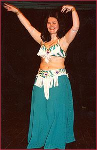 """Катя. Студия восточного танца """"Джунейна"""". Концерт, январь 2004"""