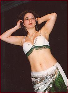 """Маня, Студия восточного танца """"Джунейна"""". Концерт, январь 2004"""