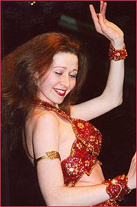 """Наиля. Студия восточного танца """"Джунейна"""". Концерт, январь 2004"""