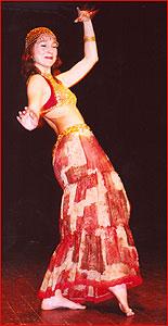 Ксения. Студия восточного танца Джунейна